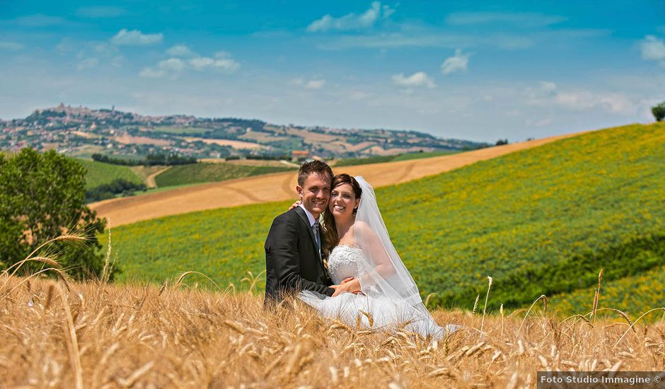 Il matrimonio di Marco e Ramona a Porto Sant'Elpidio, Fermo