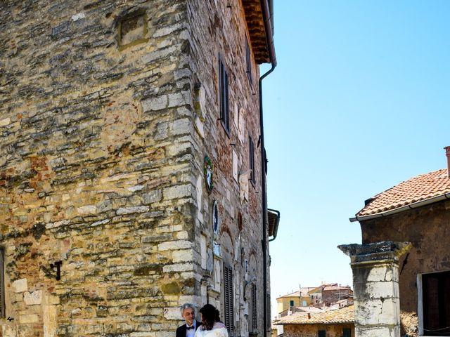 Il matrimonio di Daniele e Barbara a Campiglia Marittima, Livorno 3