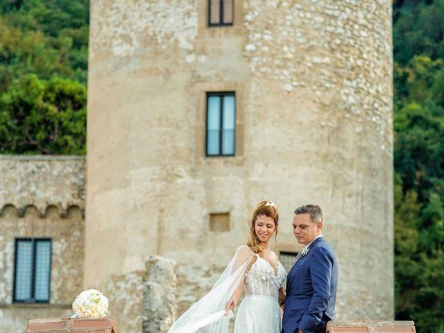 Il matrimonio di Luigi e Rosangela a Castellammare di Stabia, Napoli 24