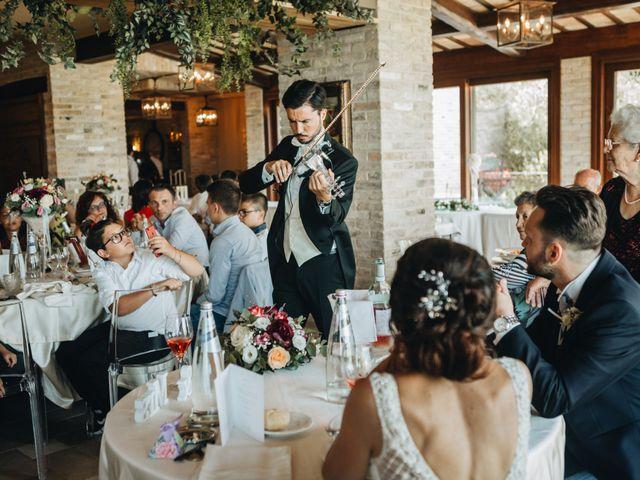 Il matrimonio di Lorenzo e Marianna a Città Sant'Angelo, Pescara 16