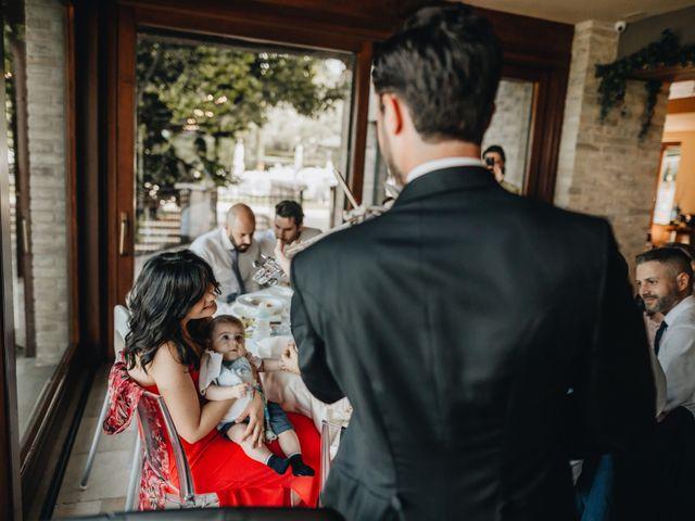 Il matrimonio di Lorenzo e Marianna a Città Sant'Angelo, Pescara 29