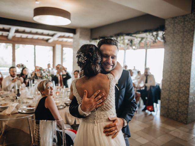 Il matrimonio di Lorenzo e Marianna a Città Sant'Angelo, Pescara 32