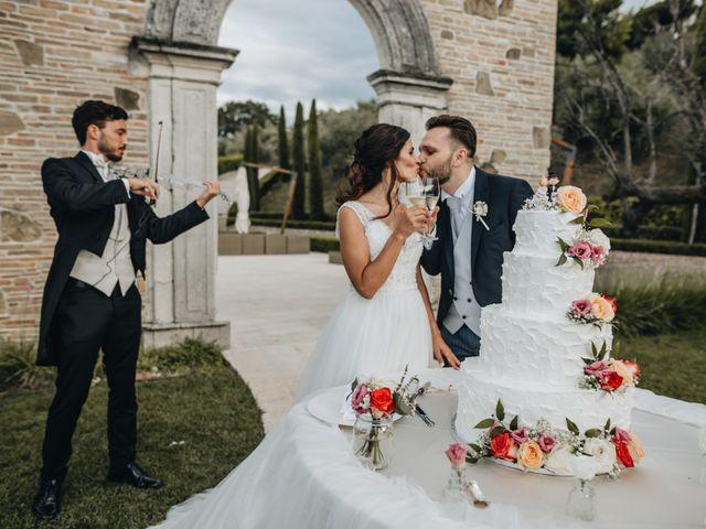 Il matrimonio di Lorenzo e Marianna a Città Sant'Angelo, Pescara 36
