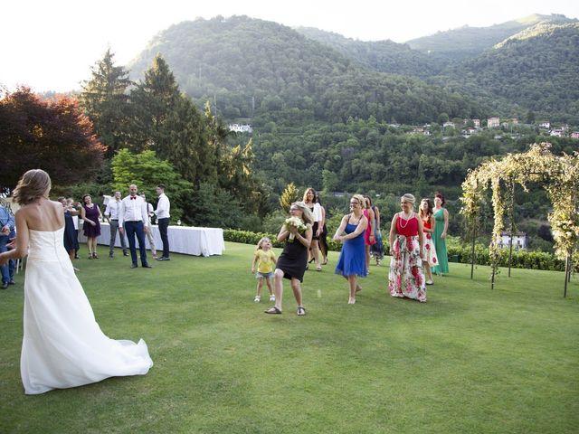 Il matrimonio di Riccardo e Roberta a Schignano, Como 12