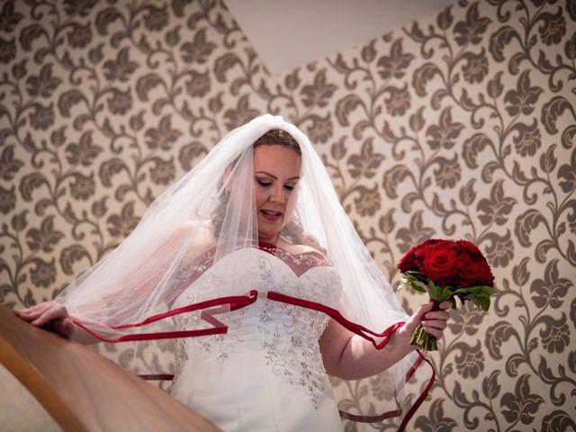 Il matrimonio di Carlos e Sineva a Mandello del Lario, Lecco 36