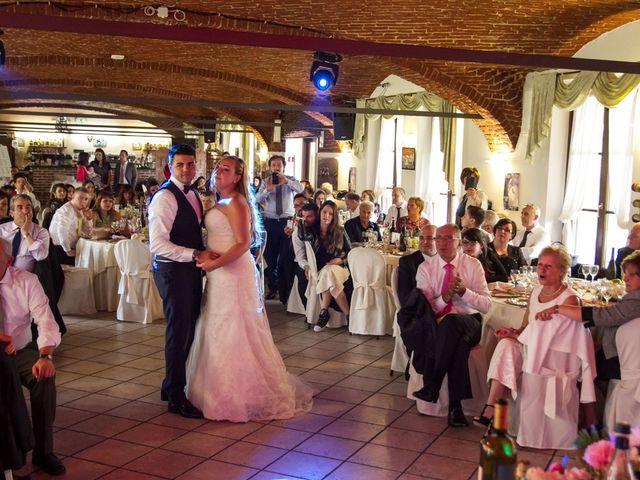 Il matrimonio di Pietro e Veronica a Binasco, Milano 14