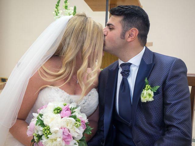 Il matrimonio di Pietro e Veronica a Binasco, Milano 31