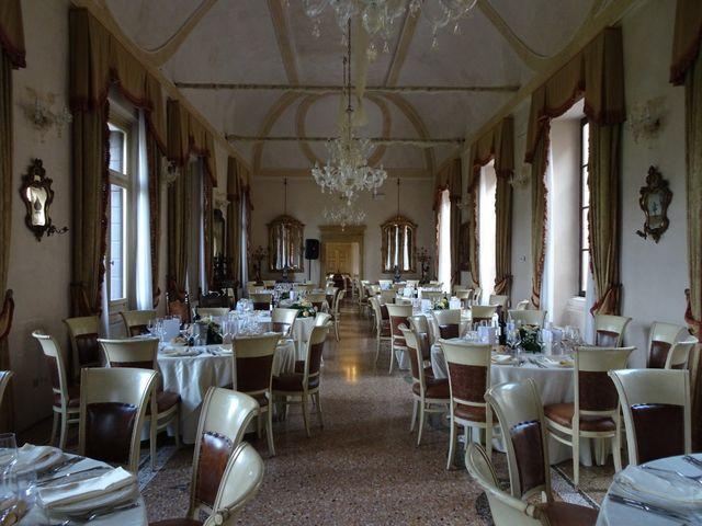 Il matrimonio di Davide e Valeria a Sanguinetto, Verona 9