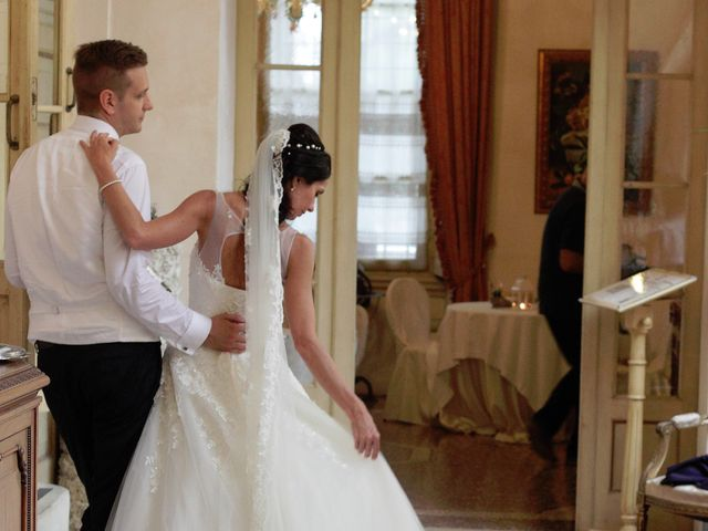 Il matrimonio di Davide e Valeria a Sanguinetto, Verona 11