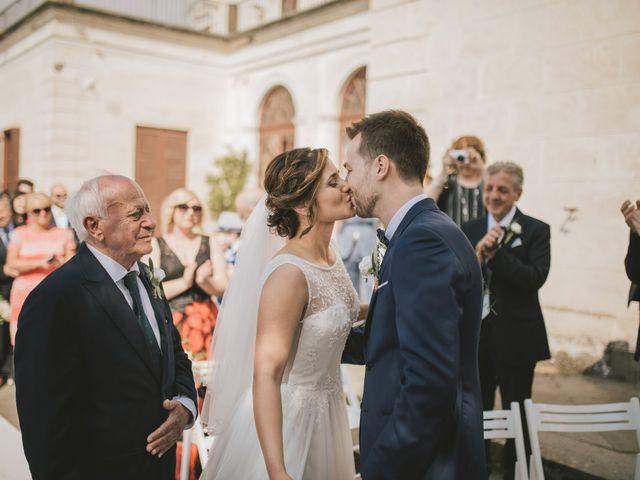 Il matrimonio di Gianluca e Daniela a Castellammare di Stabia, Napoli 27