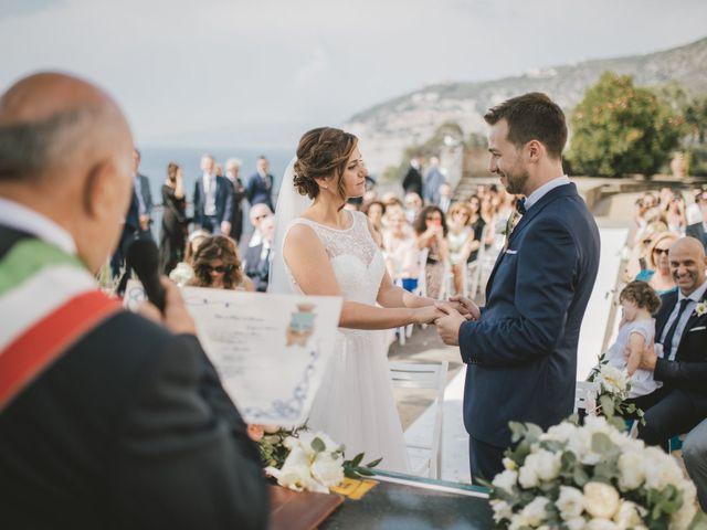 Il matrimonio di Gianluca e Daniela a Castellammare di Stabia, Napoli 32