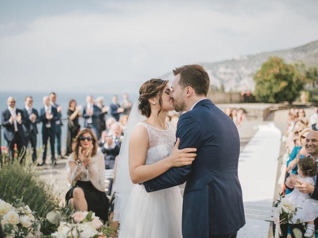 Il matrimonio di Gianluca e Daniela a Castellammare di Stabia, Napoli 33