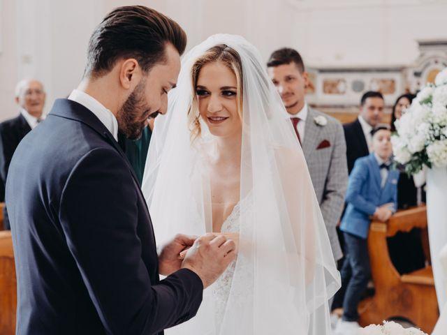 Il matrimonio di Francesco e Imma a Torre del Greco, Napoli 18
