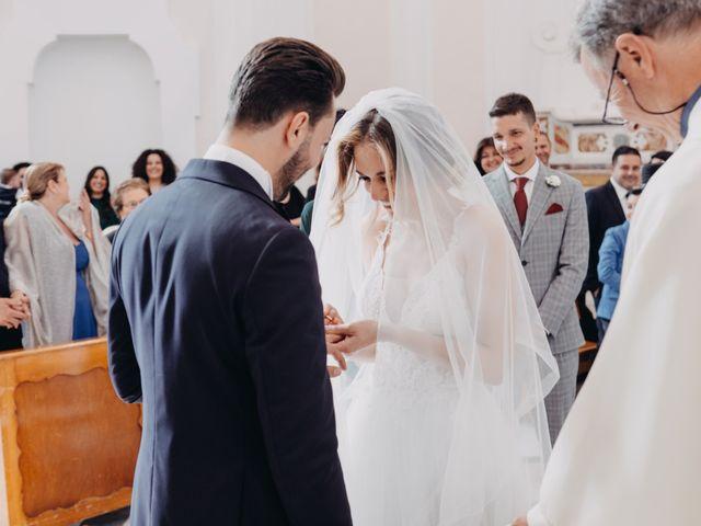 Il matrimonio di Francesco e Imma a Torre del Greco, Napoli 19