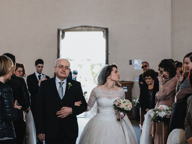 Il matrimonio di Andrea e Virginia a Manoppello, Pescara 25