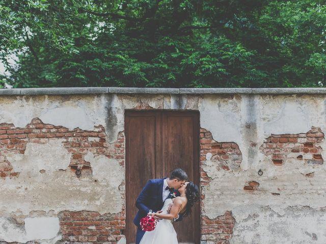 Il matrimonio di Luca e Lizzeth a Orbassano, Torino 14