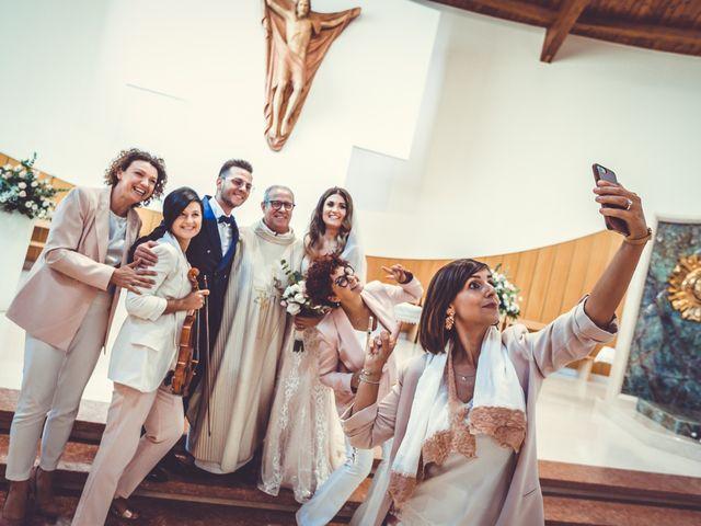 Il matrimonio di Giuseppe e Sara a Gravina in Puglia, Bari 21