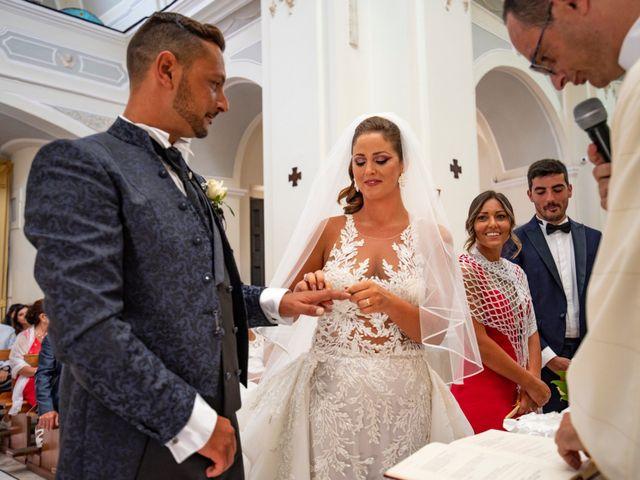 Il matrimonio di Angelo e Alessia a Procida, Napoli 29