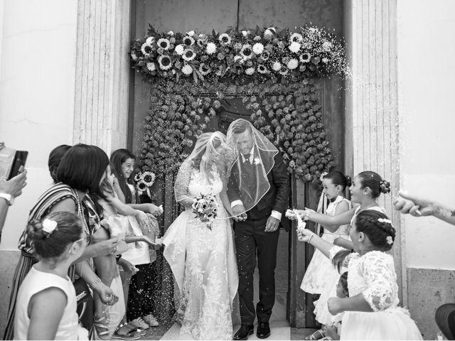 Il matrimonio di Angelo e Alessia a Procida, Napoli 31
