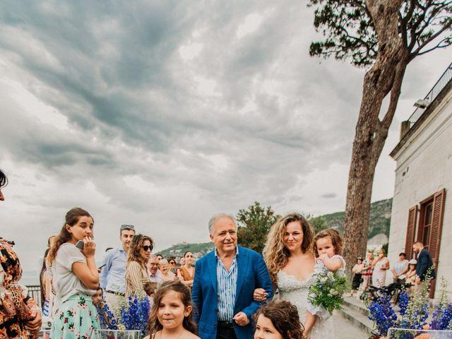 Il matrimonio di Eduardo e Lucia a Vico Equense, Napoli 16