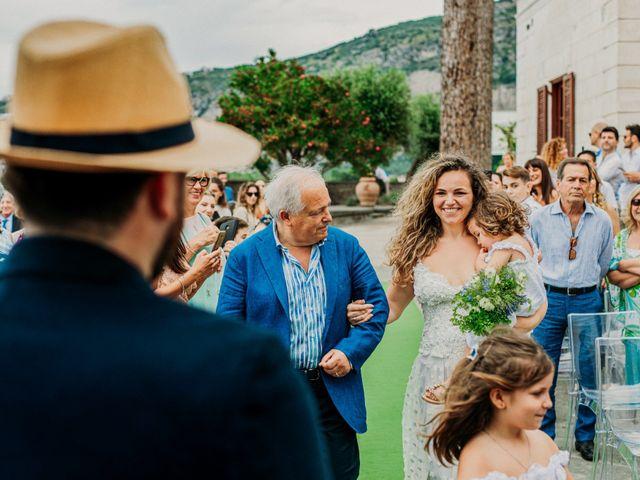Il matrimonio di Eduardo e Lucia a Vico Equense, Napoli 17