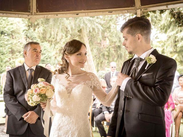 Il matrimonio di Roberto e Dea a Lesmo, Monza e Brianza 20