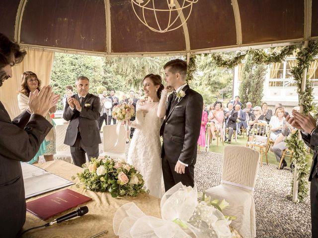 Il matrimonio di Roberto e Dea a Lesmo, Monza e Brianza 22