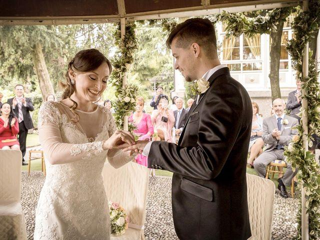 Il matrimonio di Roberto e Dea a Lesmo, Monza e Brianza 23