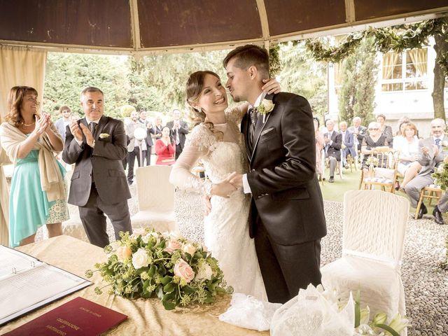 Il matrimonio di Roberto e Dea a Lesmo, Monza e Brianza 24