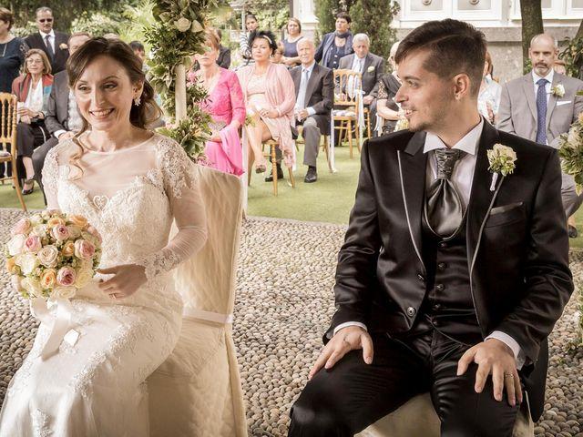 Il matrimonio di Roberto e Dea a Lesmo, Monza e Brianza 30
