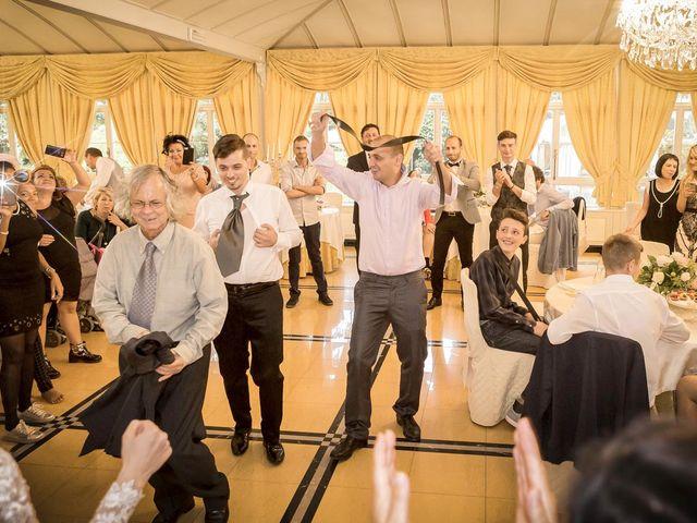 Il matrimonio di Roberto e Dea a Lesmo, Monza e Brianza 99
