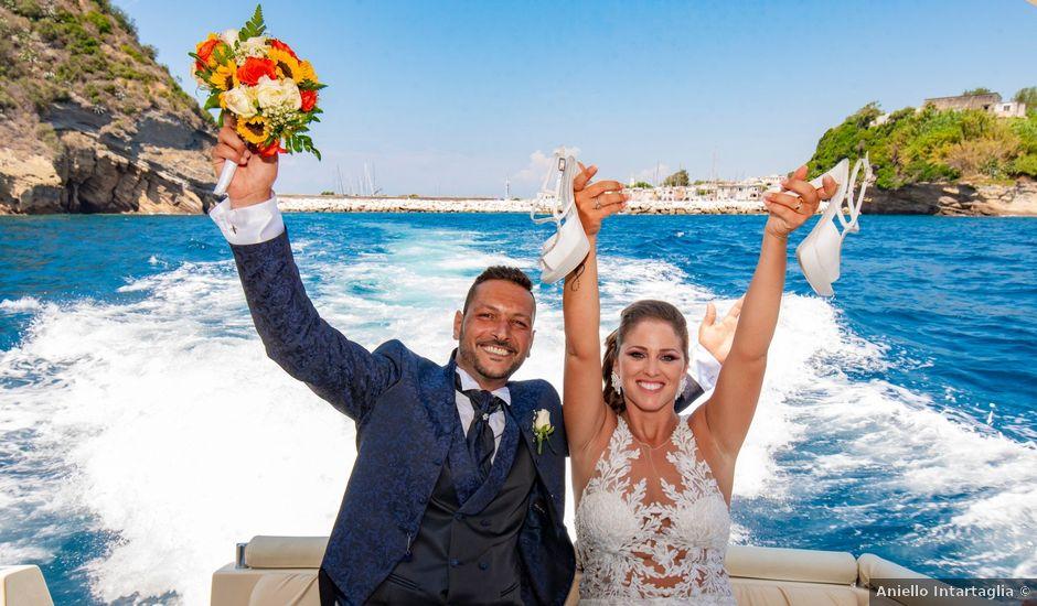 Il matrimonio di Angelo e Alessia a Procida, Napoli