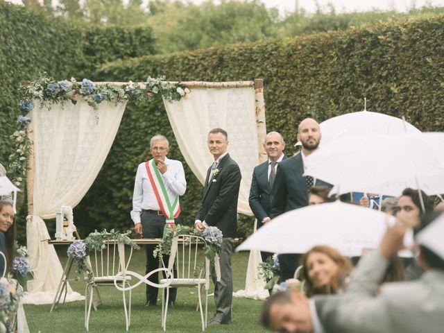 Il matrimonio di Roberto e Gloria a Porto Mantovano, Mantova 25