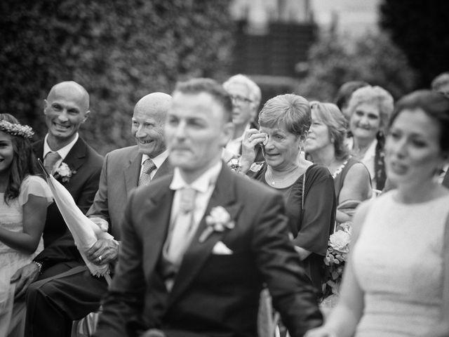 Il matrimonio di Roberto e Gloria a Porto Mantovano, Mantova 33