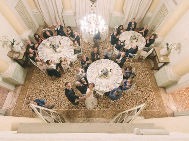 Il matrimonio di Roberto e Gloria a Porto Mantovano, Mantova 55