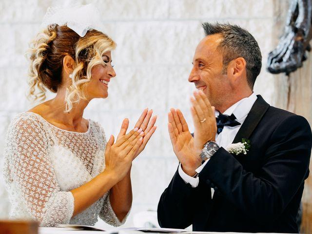 Il matrimonio di Agostino e Rossella a Torremaggiore, Foggia 32