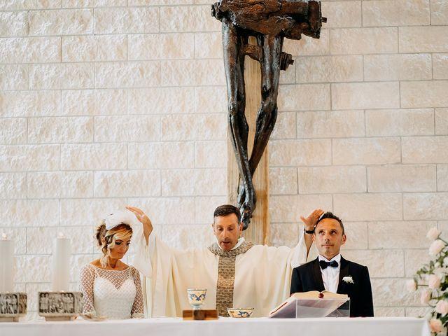 Il matrimonio di Agostino e Rossella a Torremaggiore, Foggia 33