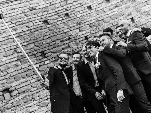 Il matrimonio di Marco e Serena a Gradara, Pesaro - Urbino 24