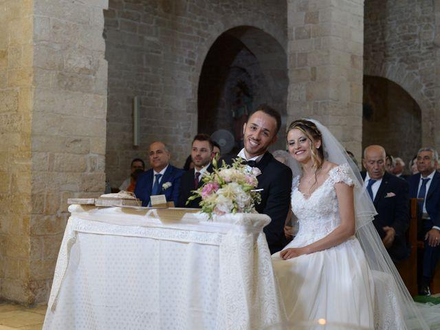 Il matrimonio di Savino e Costanza a Binetto, Bari 26
