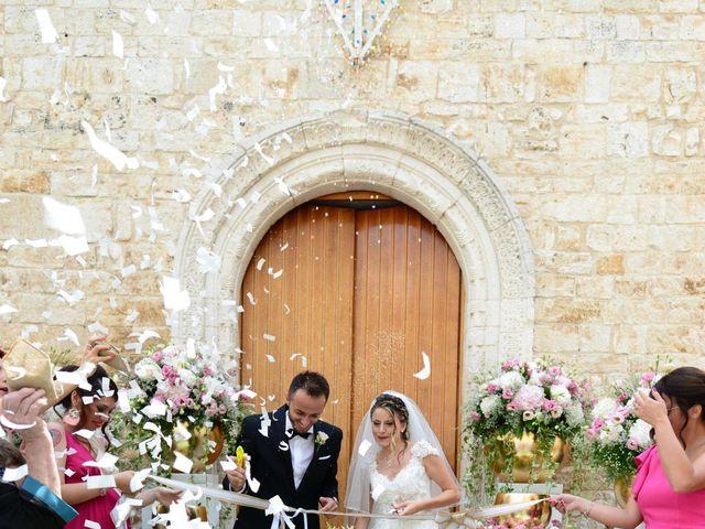 Il matrimonio di Savino e Costanza a Binetto, Bari 32
