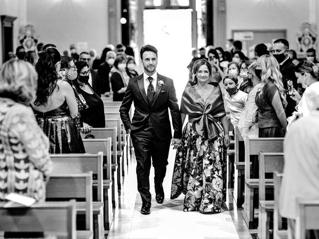 Il matrimonio di Valeria e Lino a Capurso, Bari 16