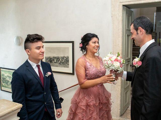 Il matrimonio di Devis e Francisca a Sommacampagna, Verona 33