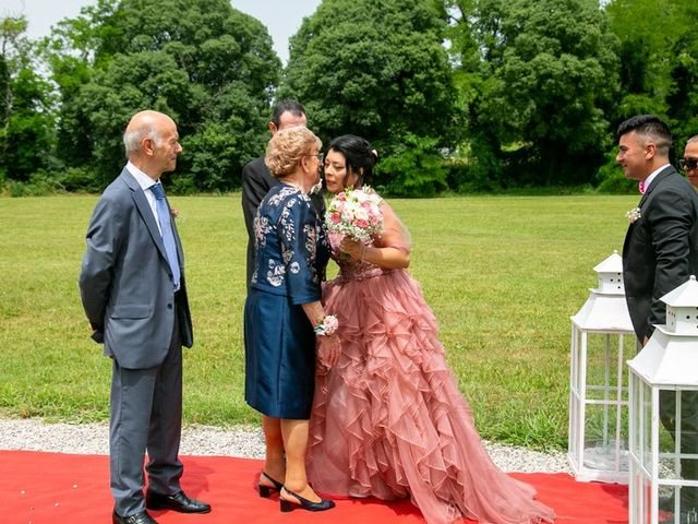 Il matrimonio di Devis e Francisca a Sommacampagna, Verona 53