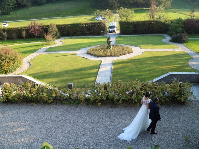 Il matrimonio di Roberto e Laura a Bodio Lomnago, Varese 2