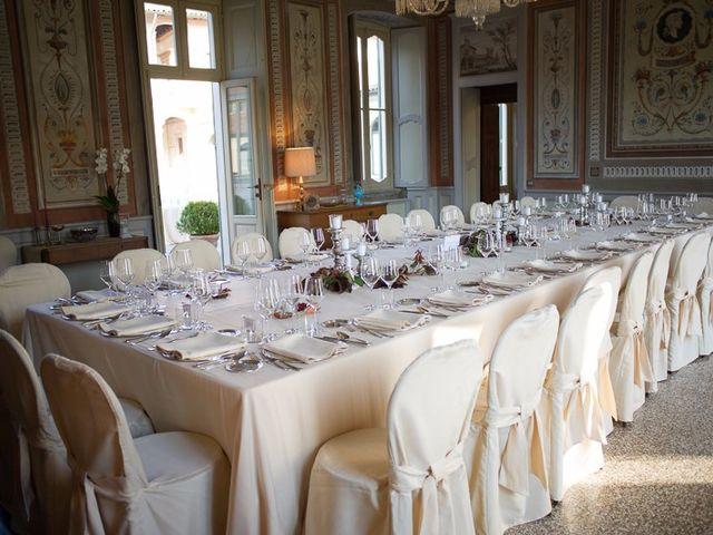 Il matrimonio di Roberto e Laura a Bodio Lomnago, Varese 9