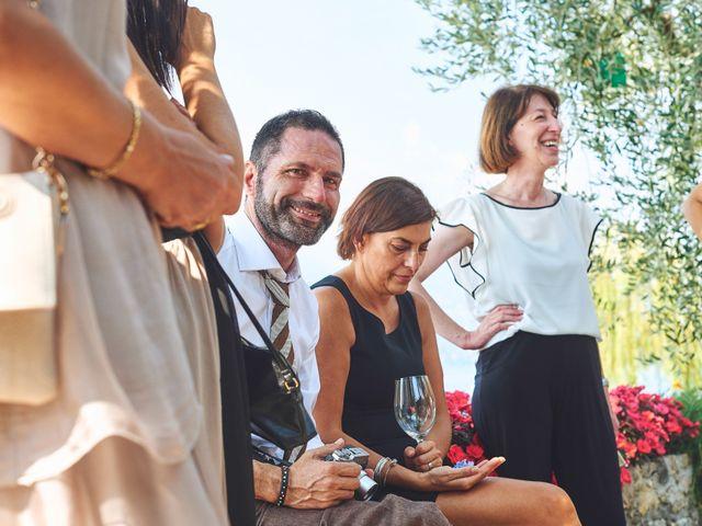 Il matrimonio di Manuel e Sara a Brenzone, Verona 28