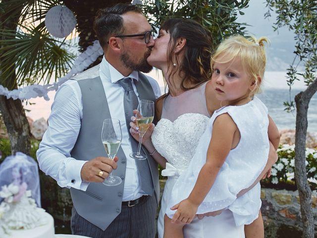 Il matrimonio di Manuel e Sara a Brenzone, Verona 74