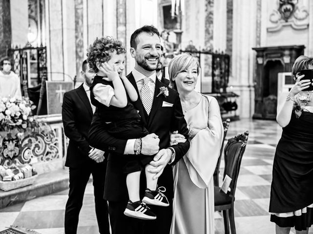 Il matrimonio di Federica e Francesco a Foggia, Foggia 13