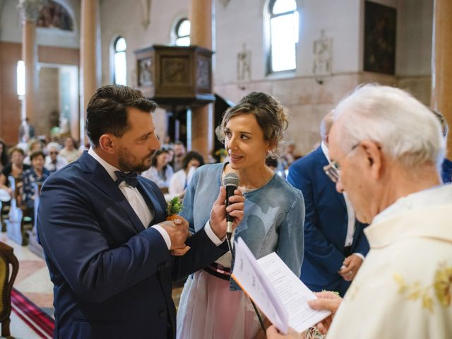 Il matrimonio di Claudio e Patrizia a Villafranca di Verona, Verona 17