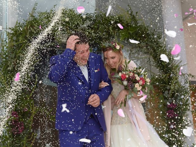 Il matrimonio di Yuri e Martina a Vermiglio, Trento 4